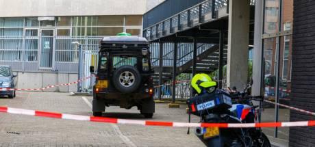 Zwaargewonde scholiere (19) na ongeluk met jeep bij Erasmiaans Gymnasium is met succes geopereerd