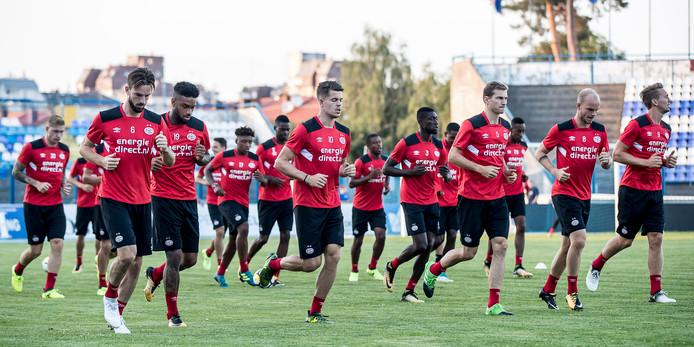 PSV traint in Osijek voor de voorronde Europa League.