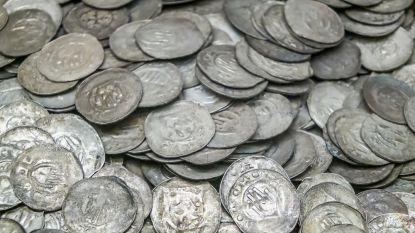 Twee twintigers vinden spectaculaire zilverschat, maar verzwijgen de vondst. Nu zit het Duitse gerecht achter hen aan