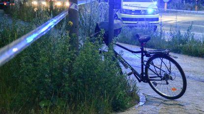 Man die onder invloed twee fietsers van fietspad maaide en vluchtmisdrijf pleegde, blijft aangehouden