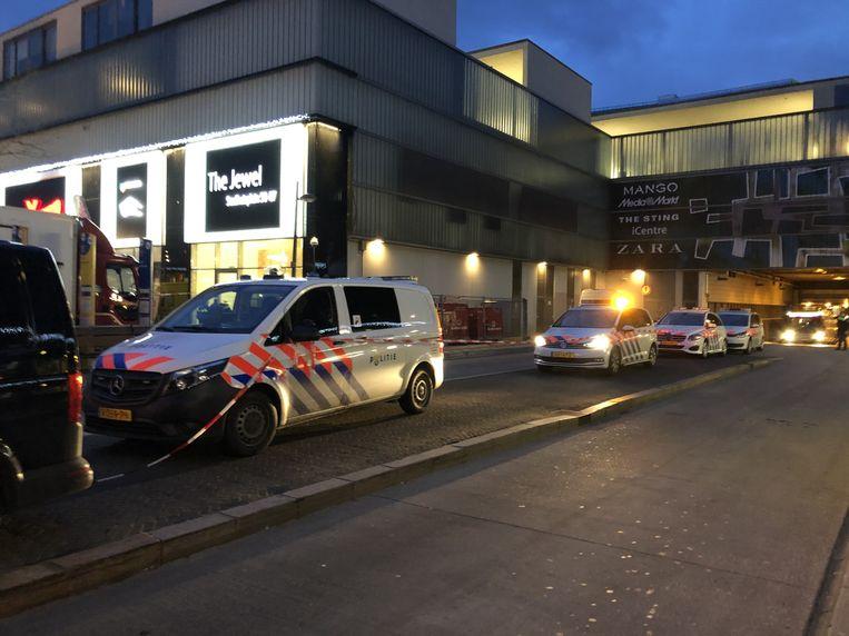 Het Stadhuisplein in Almere kort na de schietpartij. Beeld ANP
