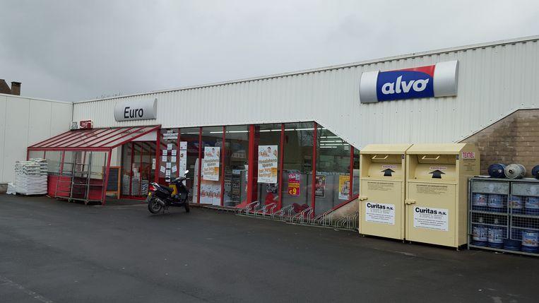 Supermarkt Alvo in Assebroek waar de radicalist werd opgepakt.