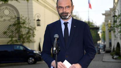 """Franse premier waarschuwt voor """"grote golf"""" van coronagevallen"""