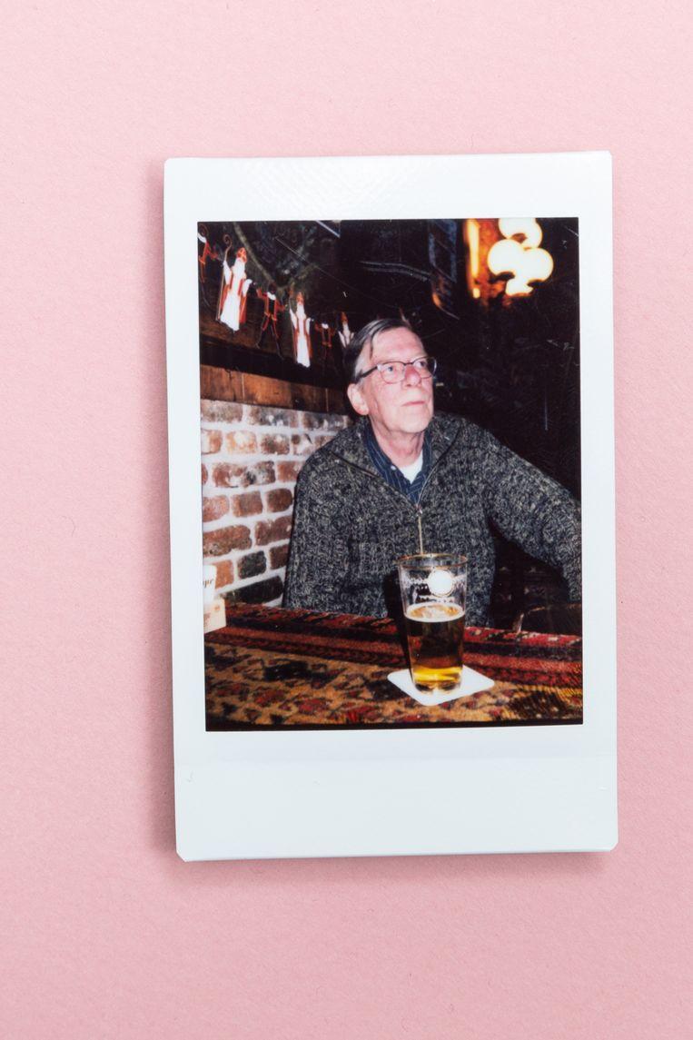 Rinus de Wit: 'Het café is meer thuis dan thuis-thuis. Daar lig ik eigenlijk alleen met mijn ogen dicht.' Beeld
