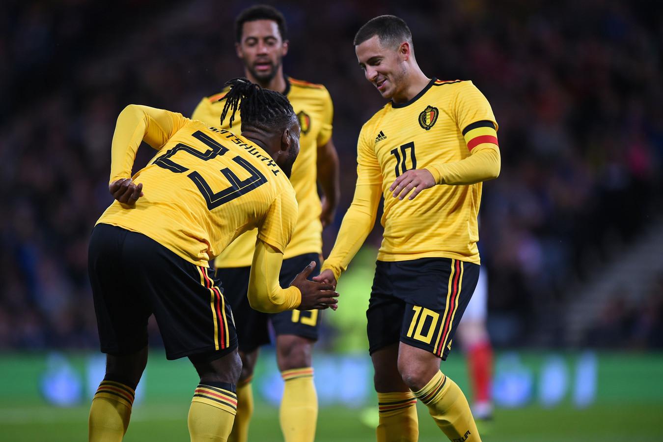 Eden Hazard (r) is na Lukaku de meest trefzekere Belg. Michy Batshuayi (l) schoot ook al tien keer raak voor de Rode Duivels.