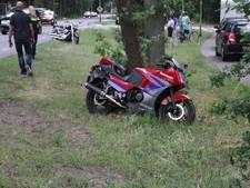Drie motorrijders onderuit in Elspeet