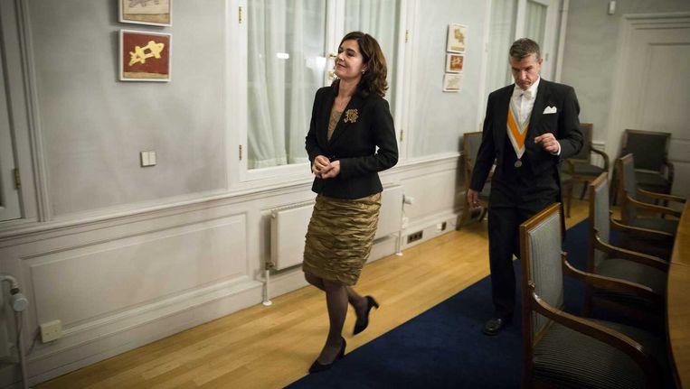 Kamervoorzitter Anouchka van Mitenburg geeft een toelichting Beeld anp