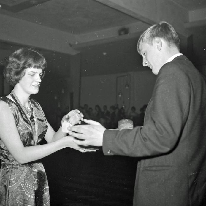 Schoolbal bij de Eindhovense Dansschool Gerard Need in 1965