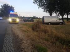 Twee auto's total loss na aanrijding in Haaksbergen