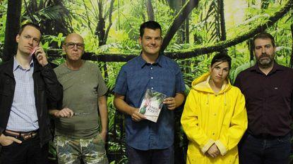 Complimenten van professor Cassiman voor boek Junglekoorts