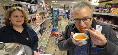 Soep eten tegen voedselverspilling in Kapel-Avezaath