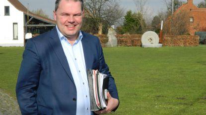Gemeenteraad Evergem vergadert digitaal: 33 gemeenteraadsleden elk in hun kot