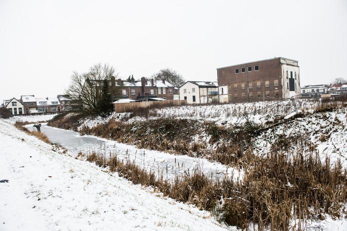 Op de plek van de voormalige jeugdgevangenis in Zutphen komen woningen. Niet alle gebouwen worden gesloopt.