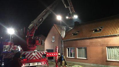 Woning onbewoonbaar na uitslaande dakbrand