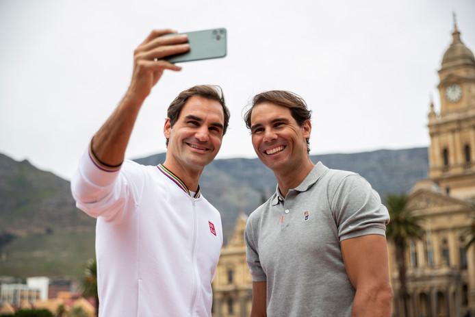 Roger Federer en Rafael Nadal voor het benefietduel.