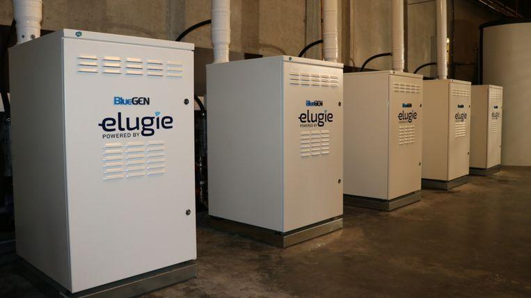 """De compacte waterstof elektriciteitscentrale is niet groter dan een wasmachine. """"Wie duurzame energie zegt, belandt algauw bij zonnepanelen of warmtepompen. De laatste innovaties op vlak van brandstofcellen durft men wel eens te vergeten"""", stelt Bjorn Van Haver van Elugie."""