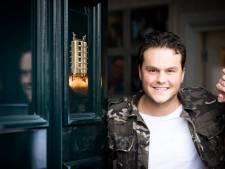 Zeister zanger Henk Dissel op nummer 1 in iTunes Top 100: 'Ik dacht dit kan niet!'