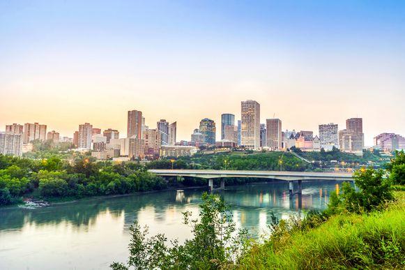 De dader bleek zich schuil te houden in Edmonton (Canada).