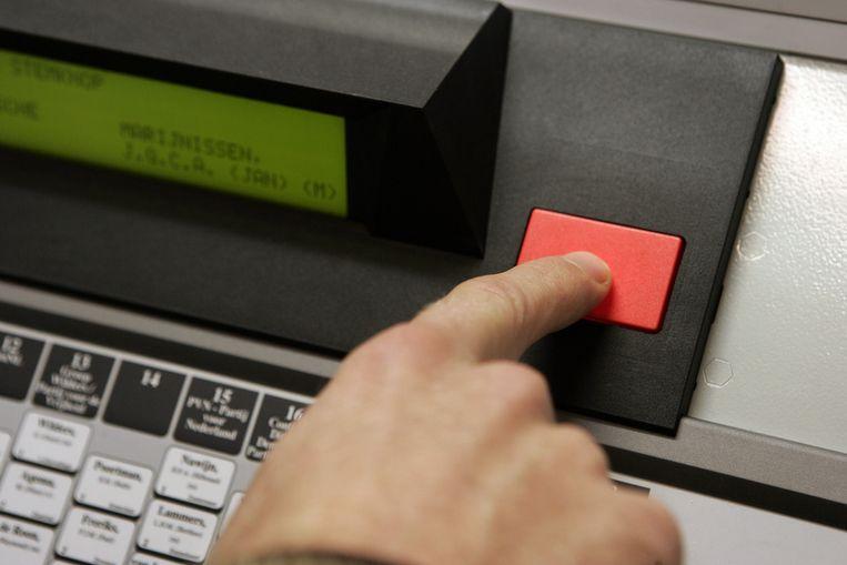Burgemeesters pleiten voor de terugkeer van de stemcomputer Beeld ANP
