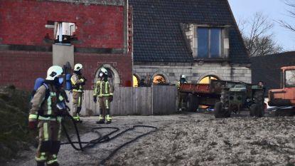 Brandweer rukt uit voor afvalbrand die beetje uit de hand loopt