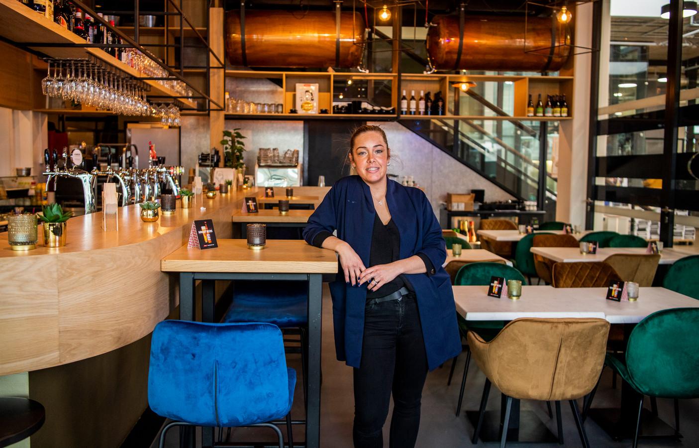 Voor Jamie-Lee van Kleef - van der Spek, eigenaresse van Brasserie Plein 23 op het Stadhuisplein in Zoetermeer, voelt de gedeeltelijke heropening van de horeca als een nieuw begin.