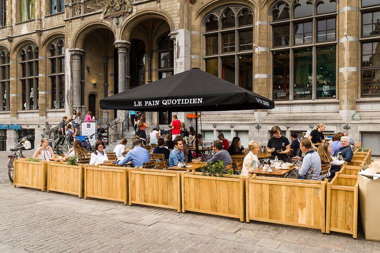 Le Pain Quotidien op de Korenmarkt in Gent in de Post Plaza.