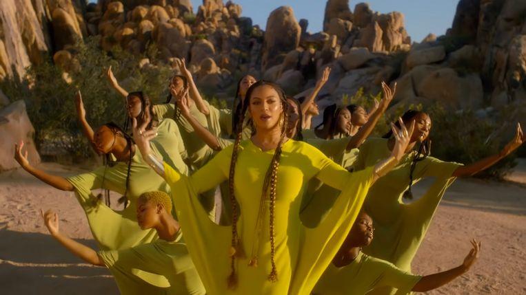 De scène waarin Queen B danst in een groen-gele jurk is van de hand van de Vlaamse topchoreograaf.