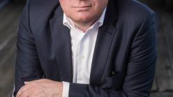 Slangen op maandag. Bart De Wever ziet in huidige crisis kans om euthanasieproces voor België te starten