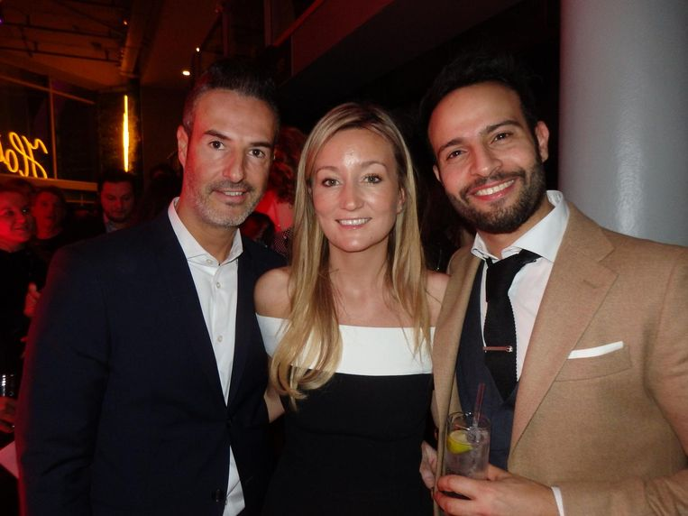 De Entourage Group, vlnr: Yossi Eliyahoo, Stephanie Pearson en Liran Wizman, die alweer zijn zesde hotel in Amsterdam opent. Beeld Schuim