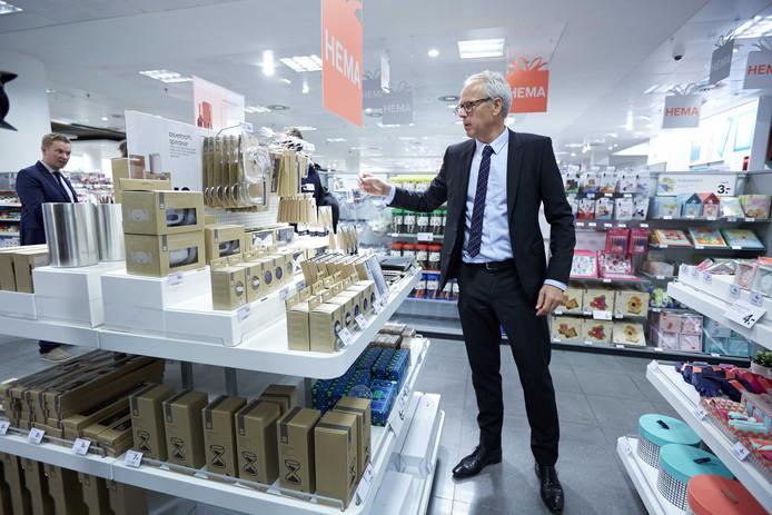 ex-HEMA baas Ronald van Zetten moet de naam Vroom en Dreesmann weer terugbrengen in de Nederlandse retail