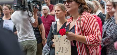 Emoties lopen hoog op bij tegendemonstranten op Stadhuisplein: 'Geen zin in de onzin van Pegida'