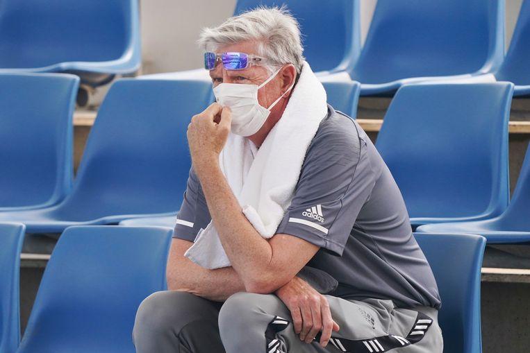 Een toeschouwer op Melbourne Park, met mondkapje. Beeld AP