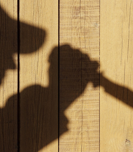 Politie zoekt twee jonge overvallers met bivakmutsen en mes in Lunteren