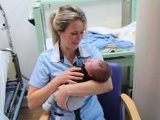 Kroelen voor sneller herstel van zieke baby'tjes