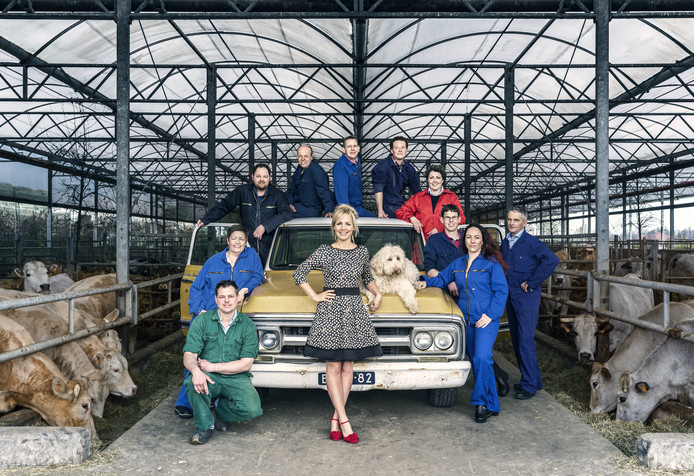 Foto van Yvonne Jaspers met alle boeren van dit seizoen.