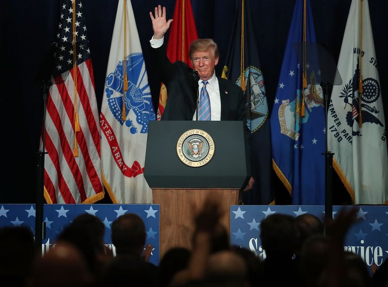 Donald Trump bij een toespraak in het Greenbrier Resort.