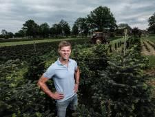 Rondeel naast jeugdcoördinator en keeperstrainer De Graafschap óók doelman TOP Oss