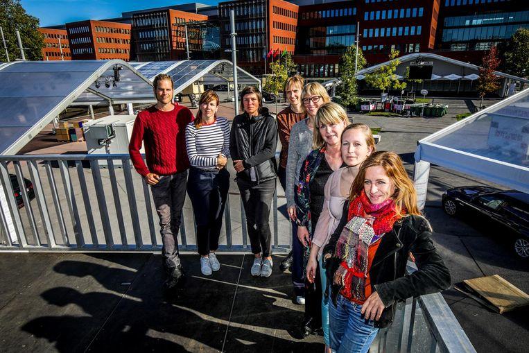 De vrouwen achter Kookeet: Rien Vandermeersch, Griet De Prest, Ann Perneel, Tania Verhelst, Lieve Moeremans, Hilde Decleer, Kim Stockx, Peggy Slingeyer.