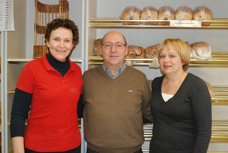 Verkoopster Sabine en uitbaters Danny en Tensia waren jarenlang de vertrouwde gezichten van bakkerij Rottier.