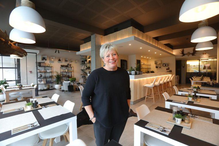 Saskia Defever in haar zaak MOOSE-Ostend in de Wellingtonstraat.