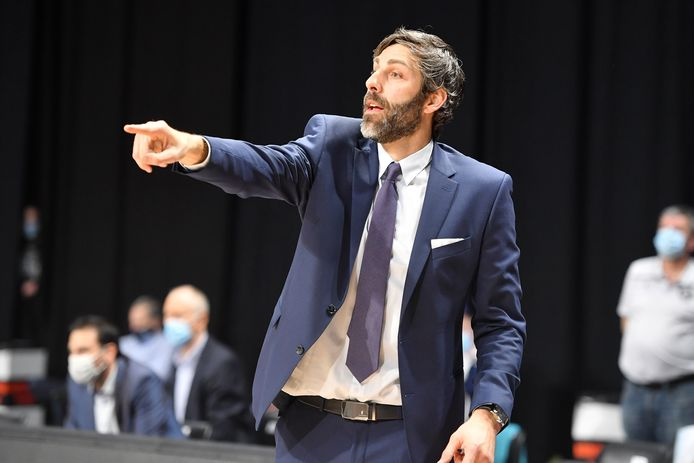 Coach Ian Hanavan kon het tij niet doen keren tegen Kangoeroes Mechelen.