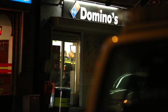 Deze vestiging van Domino's Pizza in Roosendaal is woensdagavond overvallen.