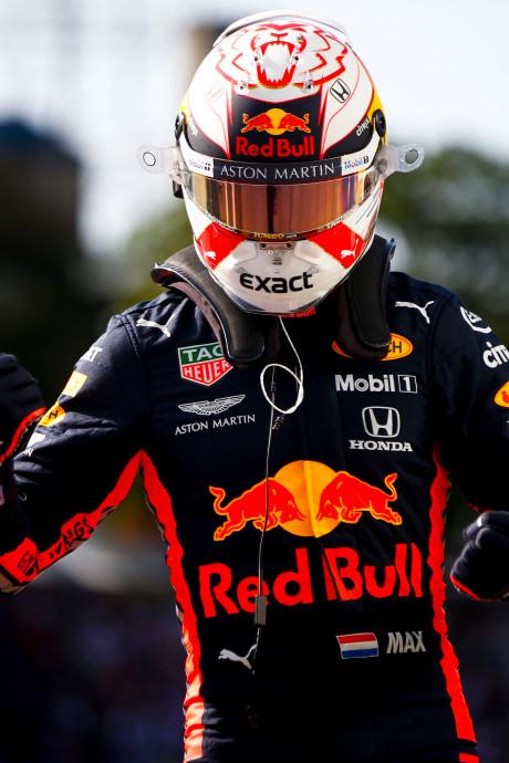 Max Verstappen gaat vanaf pole voor de winst