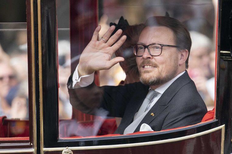Prins Constantijn onderweg van paleis Noordeinde naar van de Ridderzaal op Prinsjesdag.