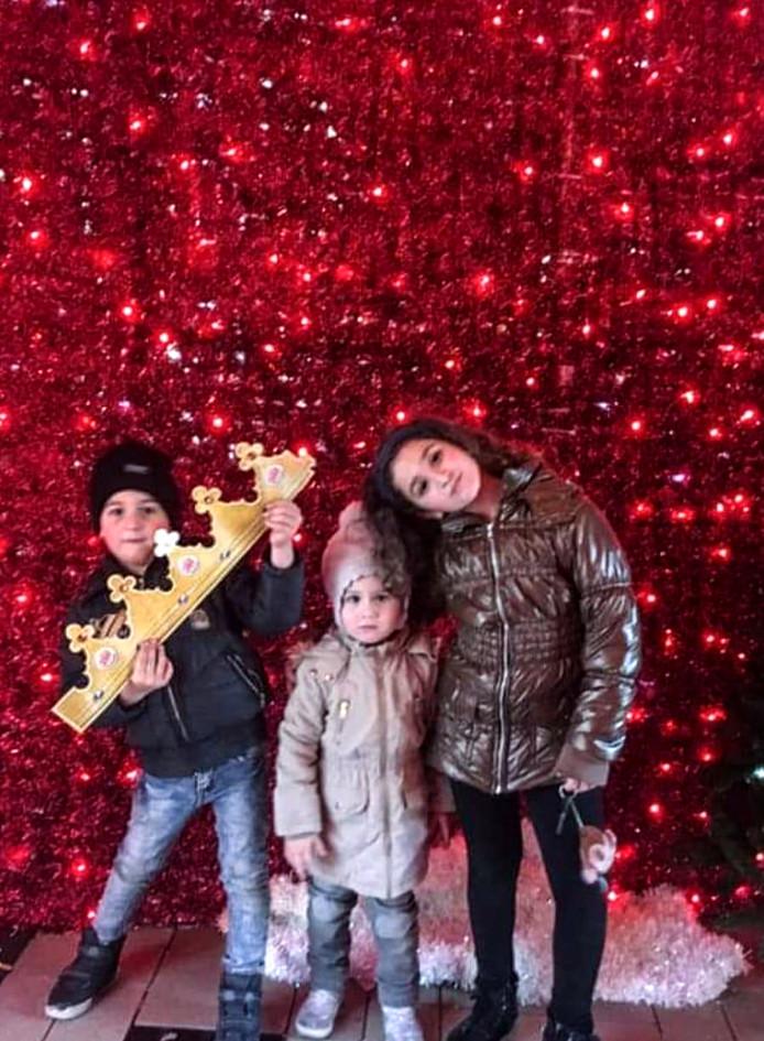 Shushan(8), Vrej(5) en Jemma (3).