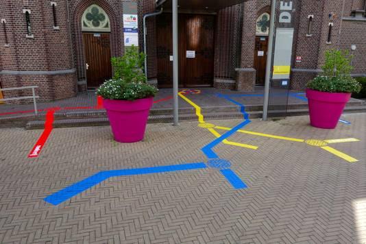 Bij de Poorten, het werk van Joep van Gassel.