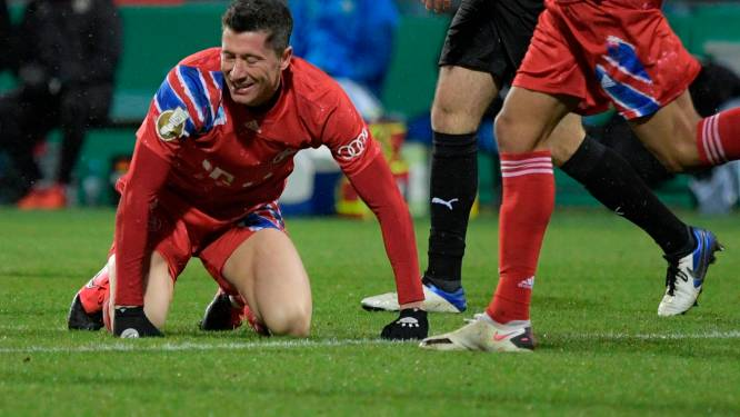Bayern München uitgeschakeld in Duitse beker na strafschoppen tegen tweedeklasser Holstein Kiel