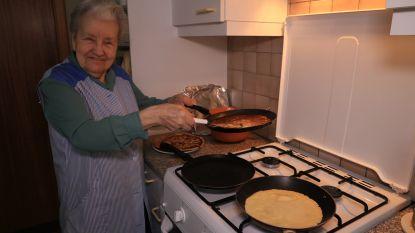 Pannenkoeken blijven traditie bij lichtmis: Solange (82) bakt nog altijd voor de hele familie