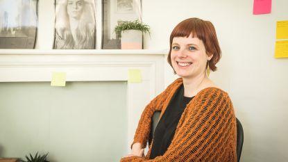 VIDEO. Anneleen Van Offel is nieuwe Letterzetter (of stadsdichter) van Kortrijk