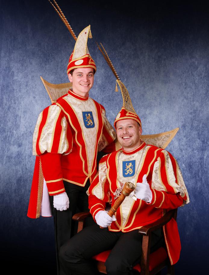 Prins Ivo de Eerste (rechts) en adjudant Mark.